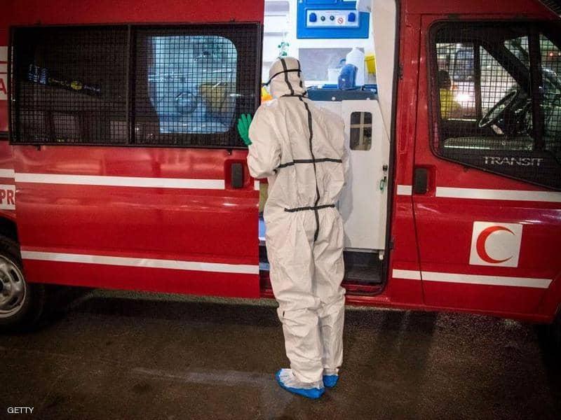 صورة لسيارة اسعاف مجهزة