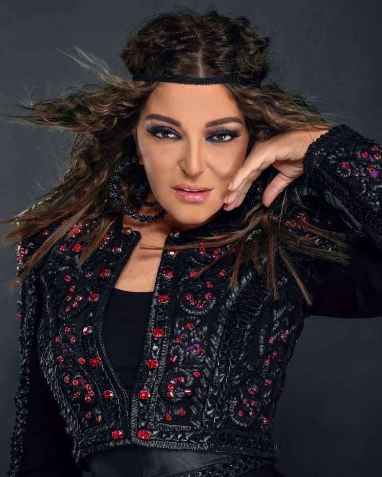 """سميرة سعيد فقد سجلت شارة مسلسل """"لما كنا صغيرين"""" العمل الأول الذي تلعب بطولته الممثلة المصرية ريهام حجاج."""