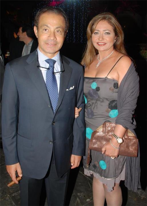 الاشتباه في إصابة زوج ليلى علوي السابق بفيروس كورونا