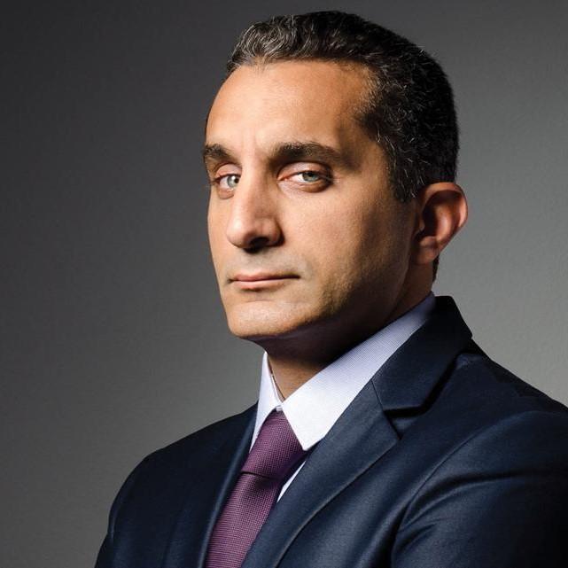 """الإعلامي المصري الشهير باسم يوسف يتعاون مع """"starzly"""" بهدف مساندة الأهل في لبنان"""