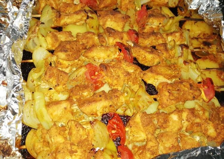 صينية بطاطس مع شيش طاووق
