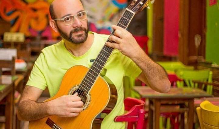 """""""أملك ضعيف"""" أغنية جديدة لـ ياسر قمر علي اليوتيوب"""