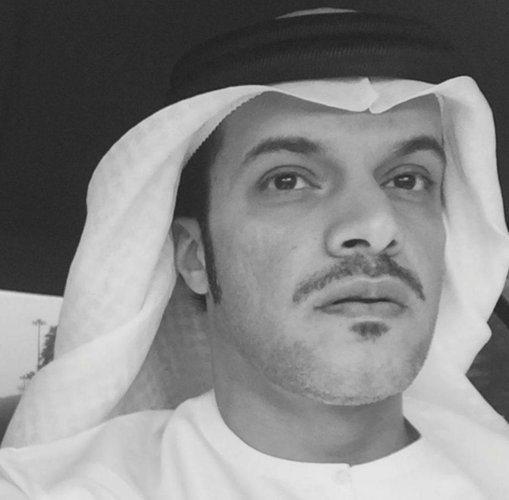 وأوضح رجل الأعمال الإماراتى أنه مع الإيقاع المتسارع للحياة أصبحت عملية الذهاب للبنوك وانتظار الدور لإجراء عملية سحب وإيداع ونقل الأموال أمرا مجهدا للوقت