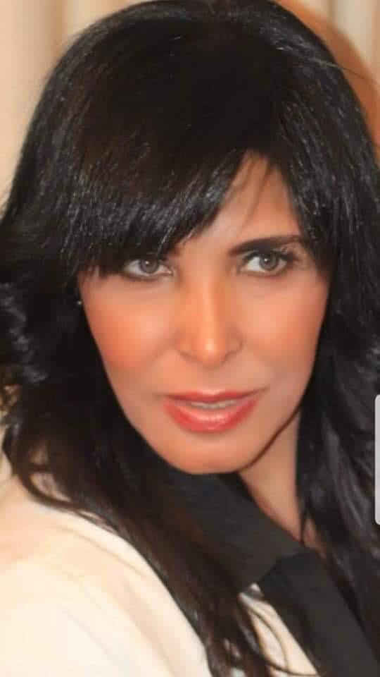 الإعلامية أسرار الجمال تفتح العديد من الموضوعات المتنوعة في حلقة برنامج أسرار والنجوم علي قناة shc