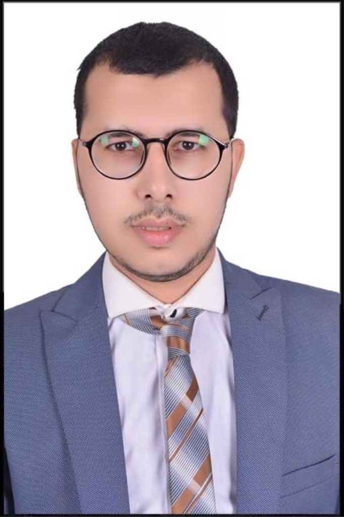 """كريم عامر ينتهي من كتابة ٩٠% من سيناريو فيلم """"فستان"""""""