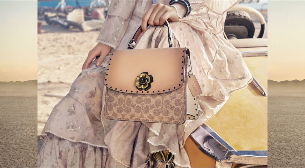 COACH'S SIGNATURE COLLECTION