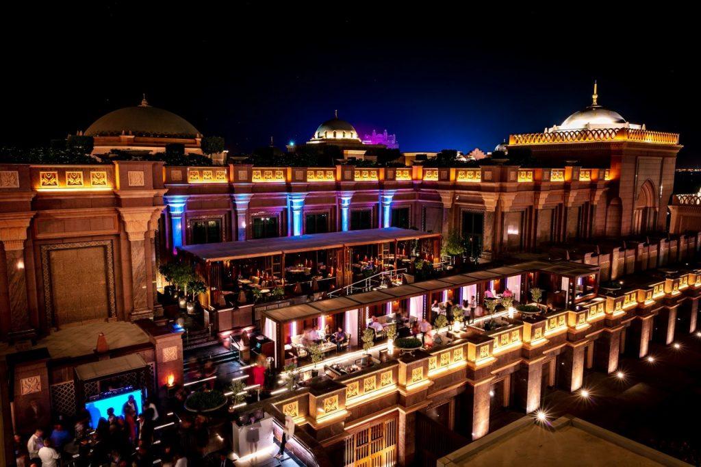 ليلة السادة الراقية في هاكاسان أبوظبي قصر الإمارات