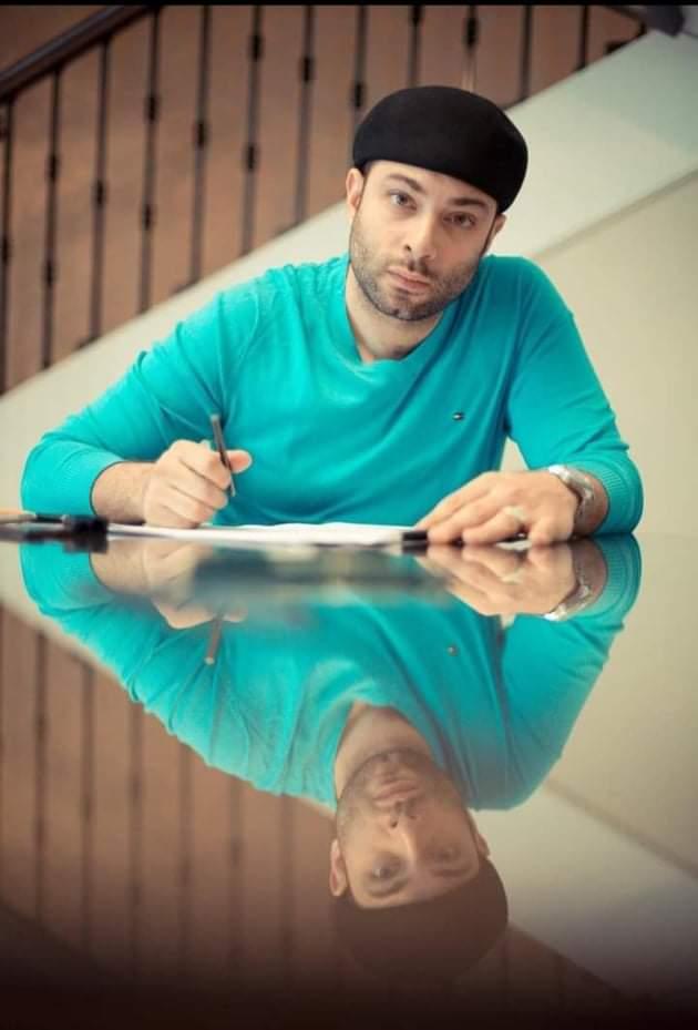 """أوضح الفنان محمد علي رزق ، بأنة تخوف عندما قرأ الورق في البداية على أنه يقدم """"توليفة"""""""