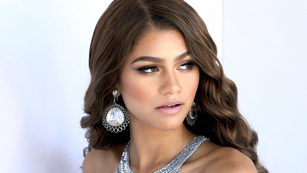 Zendaya Gives Fans a Gorgeous Glimpse Behind the Scenes of Malcolm & Marie