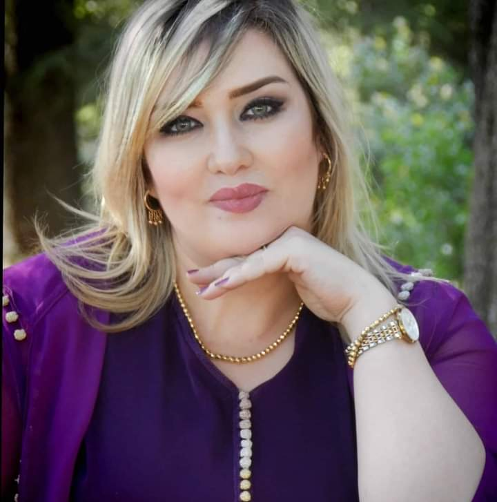 مجلة the buzz ومنتدى الفن والابداع المغربي يحتفلان بعيد ميلاد الفنانة امل الصقلي