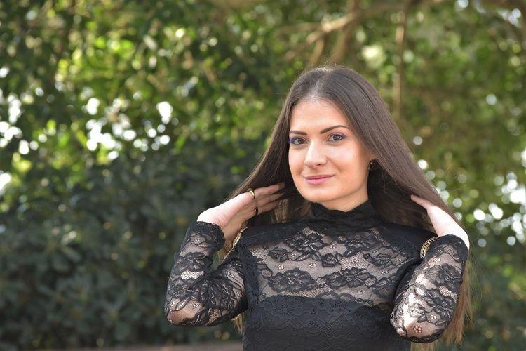 مقابلة مع الفنانة اللبنانية ناتالي قرداحي