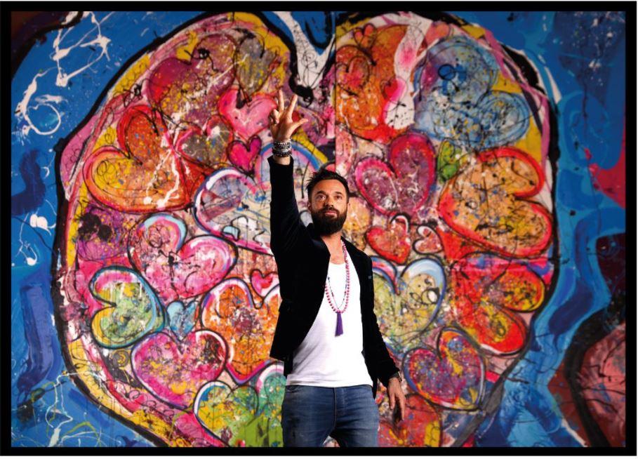 الرسام العالمي ساشا جفري يقدم عرضاً حياً في المزاد الفني الخيري دعماً لحملة 100 مليون وجبة