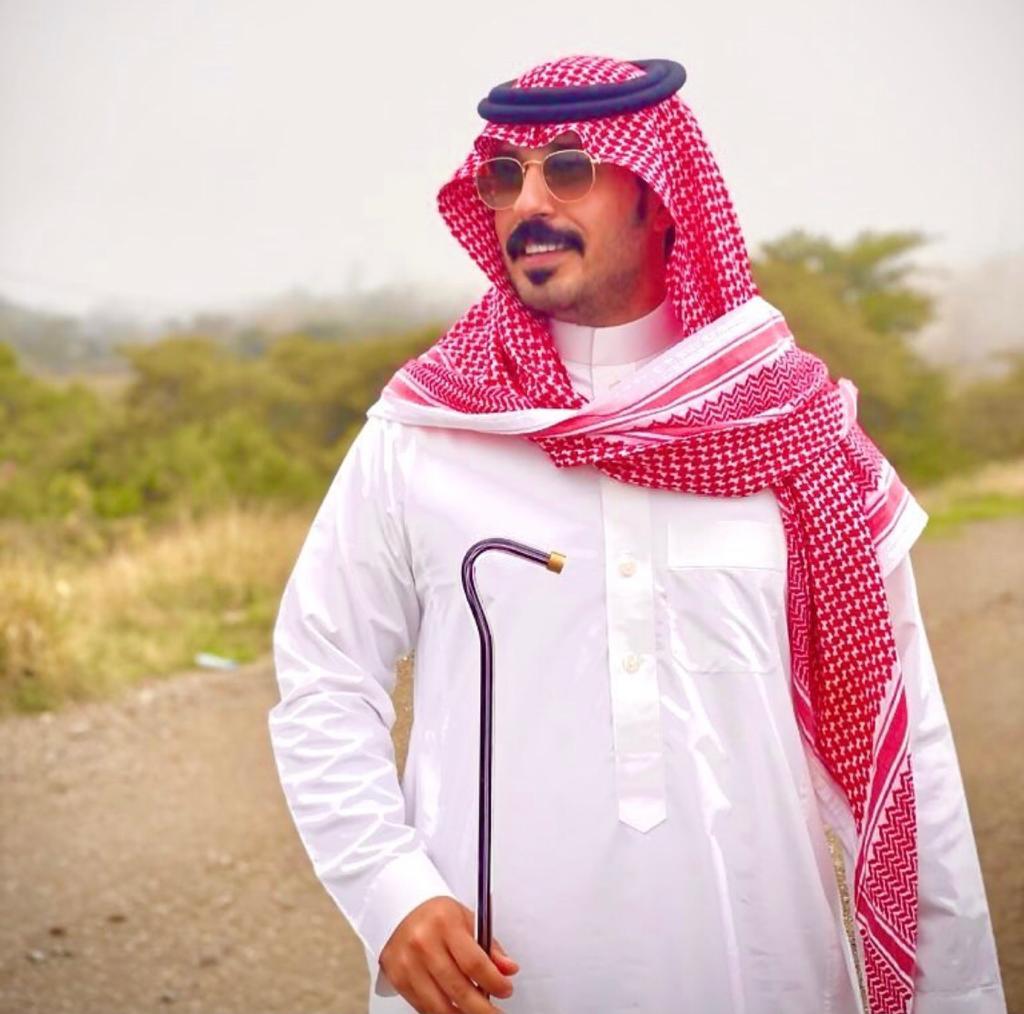 """شهر رمضان الكريم من العام الماضي قدم وأعد سلطان الشمري برنامج """"رمادي واضح"""" الذي عرض على فضائية """"CBS""""."""