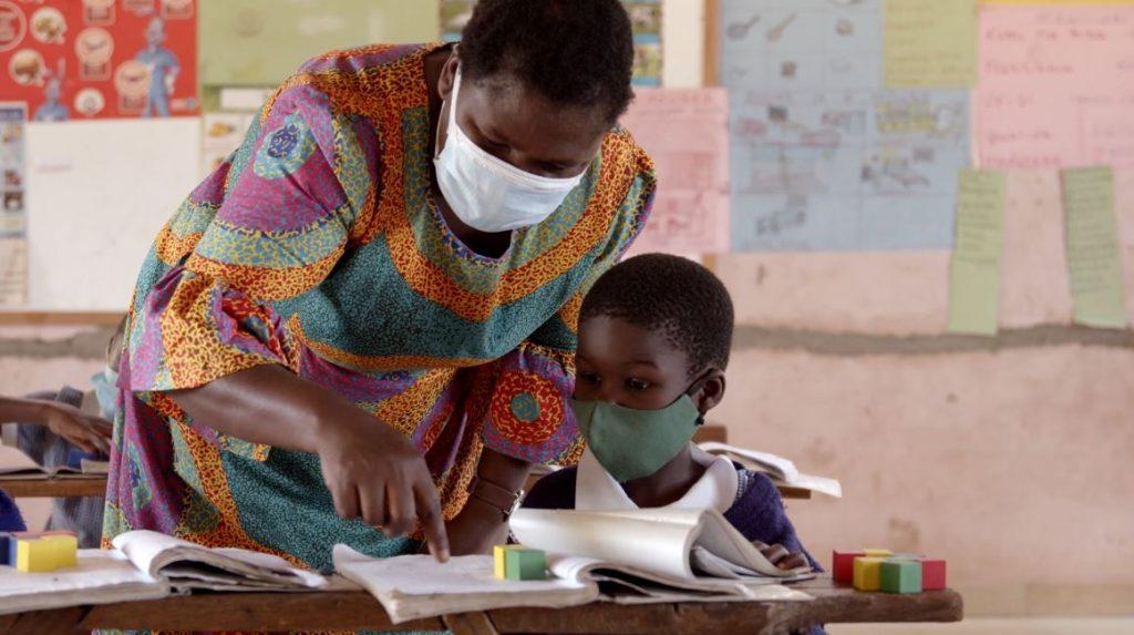 تشكل حملة ارفع يدك فرصةً لإحداث نقلة نوعية في ميدان التعليم وتأمين مستقبل مشرق لأكثر من مليار فتى وفتاة