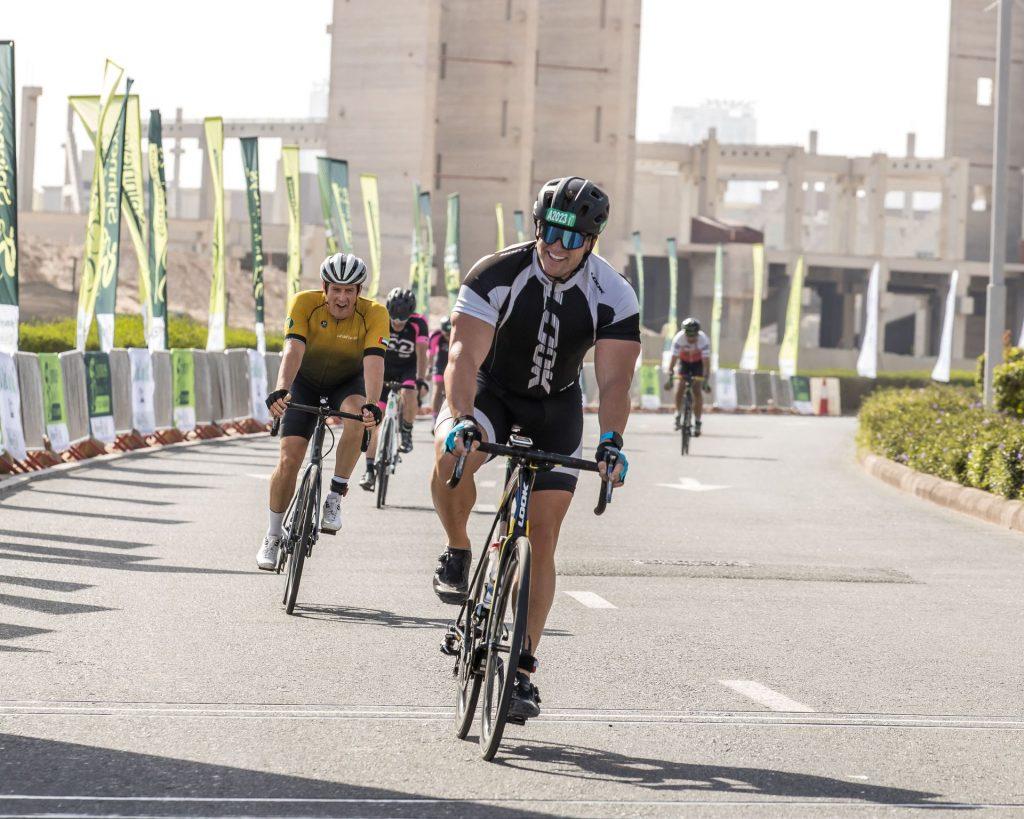 انطلق تحدي سبينس دبي 92 للدراجات الهوائية في نسخته الحادية عشرة، عقب النجاح الكبير الذي حققته سلسلة الجولات التدريبية المخصصة للدراجات الهوائية والتي أقيمت سابقاً في دبي.