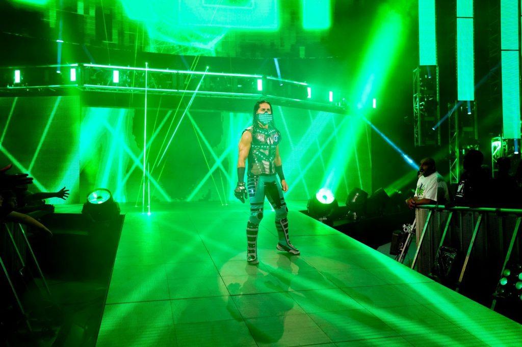 اختتم مصطفى حديثه بتوجيه رسالة إلى مشجعي WWE الذي يحتفلون بشهر الصيام في مختلف أنحاء العالم