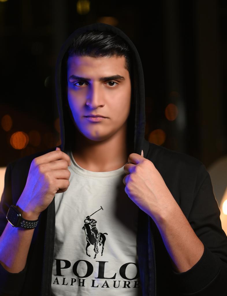 المطرب بندر ابوزيده يطرح أجدد أغانيه«غزلى»بطريقة السنجل