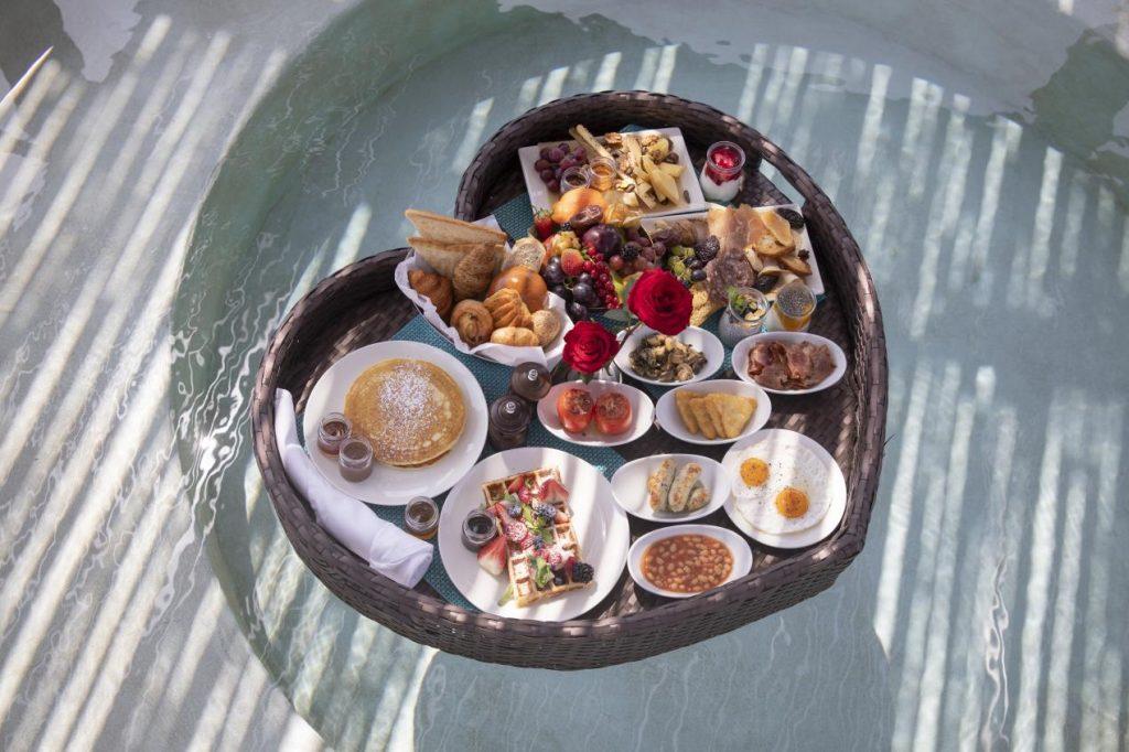 A floating breakfast at Bab Al Shams