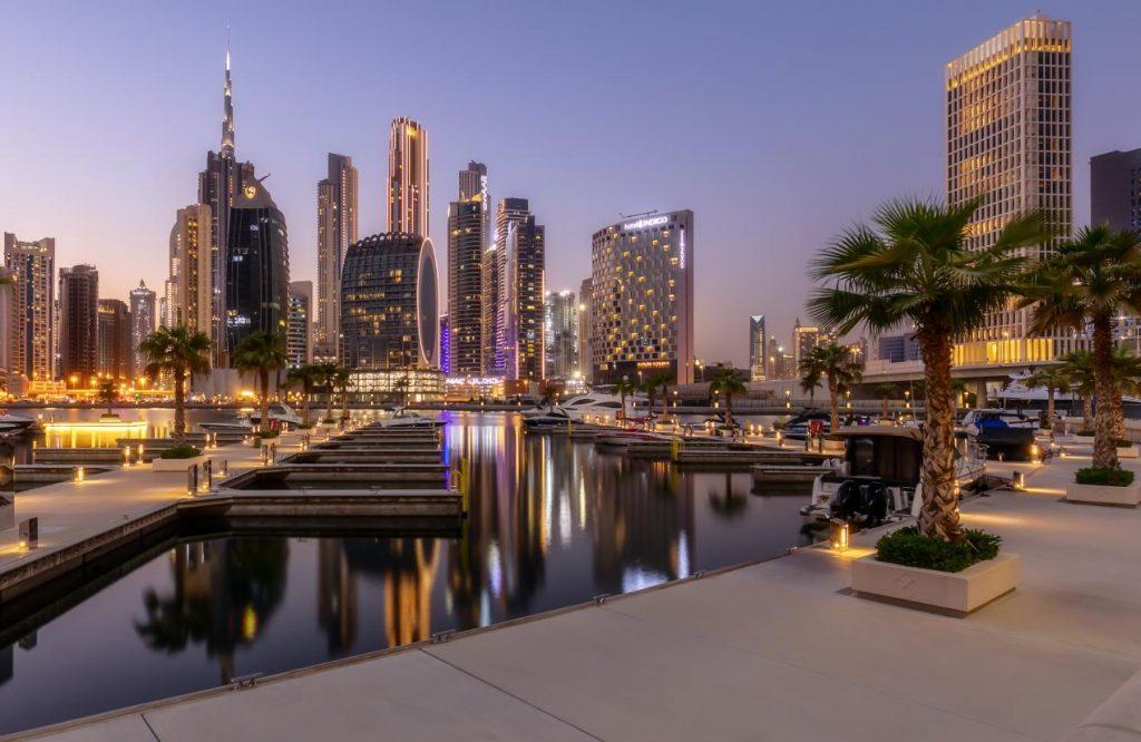 بمناسبة عيد الفطر: تجربة إقامة فنية في فندق إنديغو دبي داون تاون بالشراكة مع مسرح الفن الرقمي