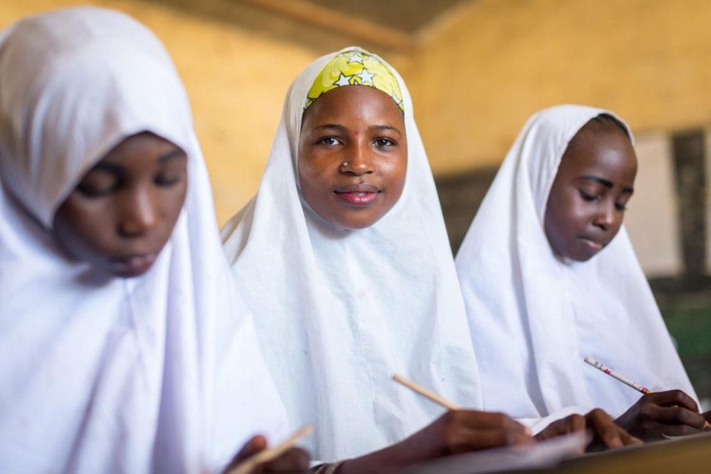 مشاركة دبي العطاء في حدث عالمي من تنظيم الشراكة العالمية للتعليم وألمانيا لدعم تعليم الفتيات