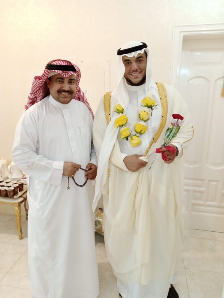 إحتفل الممثل أحمد محمد عبدالحفيظ بليلة زفافه اليوم
