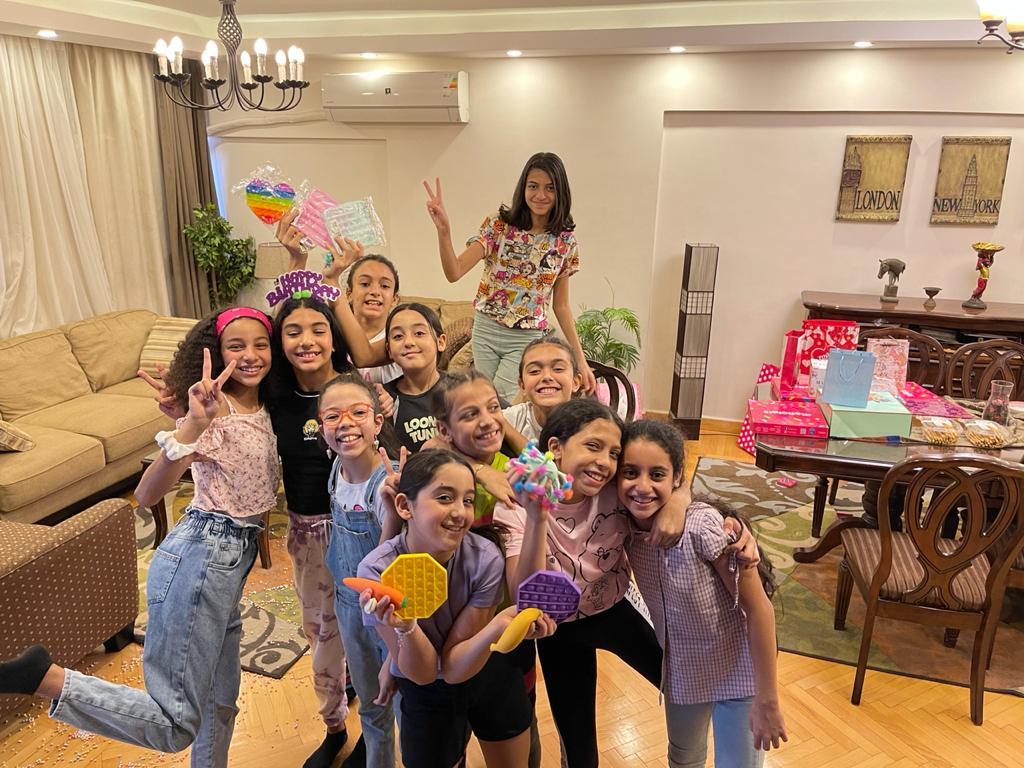فريدة كريم تحتفل بعيد ميلادها