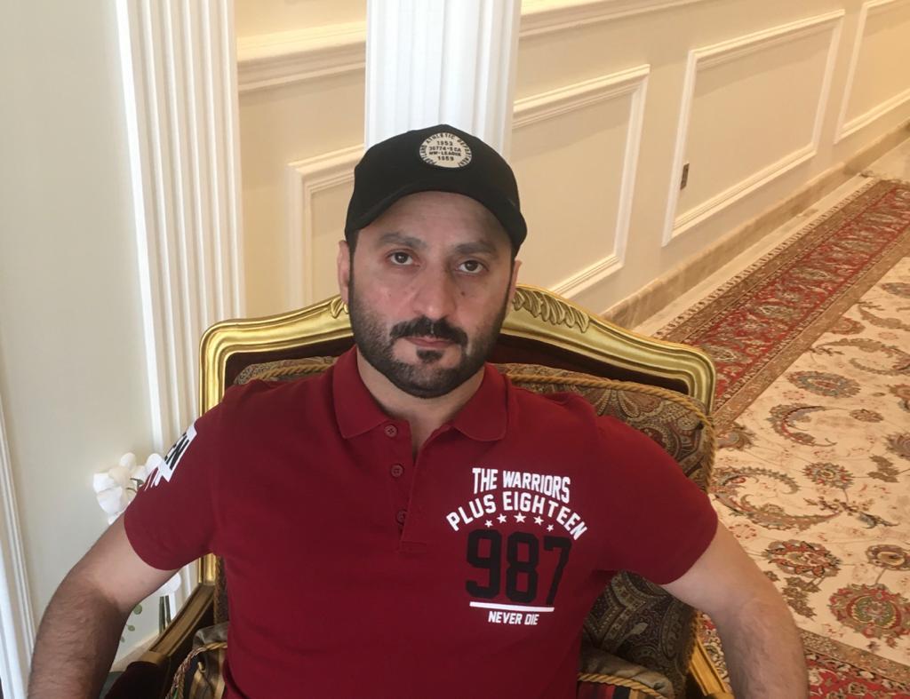 """اللاعب العالمي هاني عبد الرحمن يستعد لأصدار كتاب لتعليم طرق خاصة عن """" fortnite"""""""