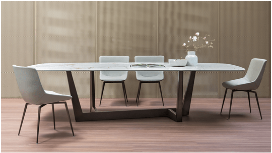 Dinner parties with Bonaldo's dining table collections