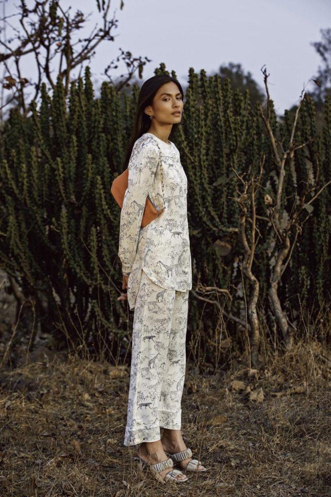 سيدات الباحثات عن الأزياء المحتشمة، تقدم كيفي تشكيلتها عبر الموقع الرسمي للعلامة www.kayfi.com