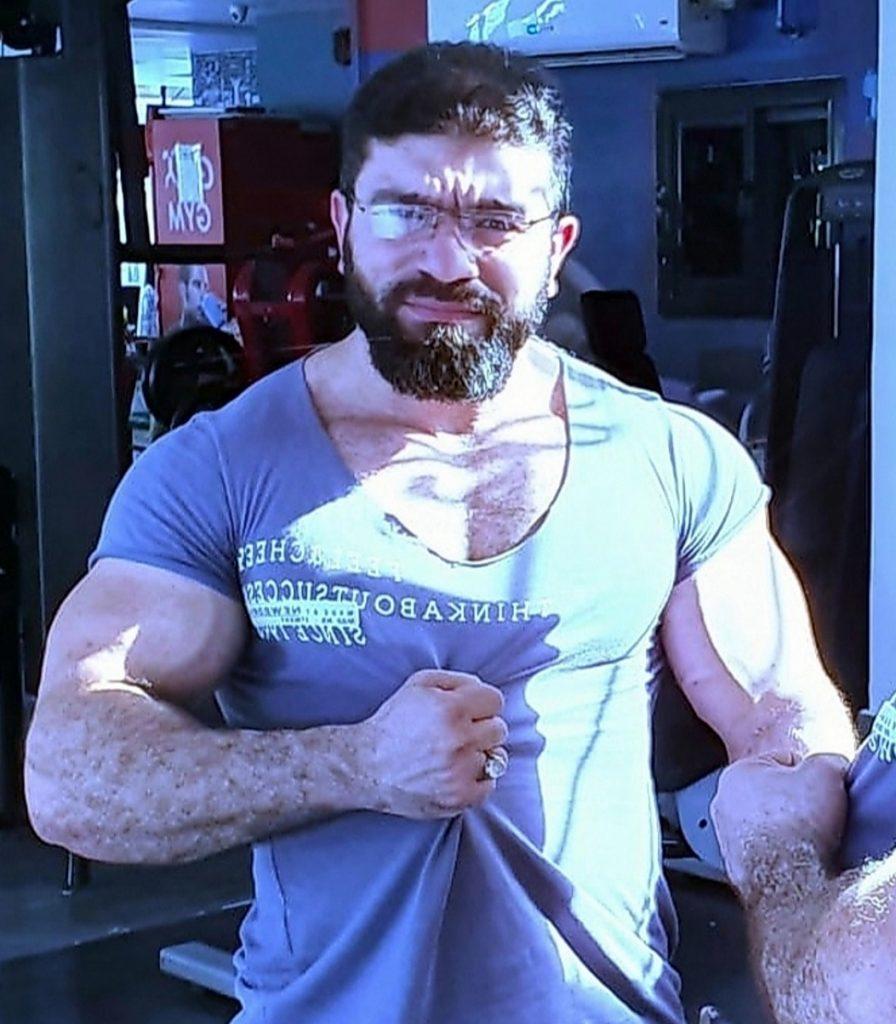 رامي عادل من بائع متجول لاشهر مدرب لكمال الأجسام