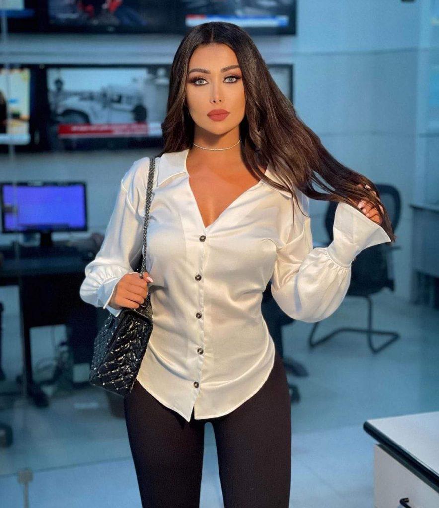 يارا إبراهيم هي اعلامية سورية الاصل تعمل كمذيعة فى قناة إن بي إن NBN TV