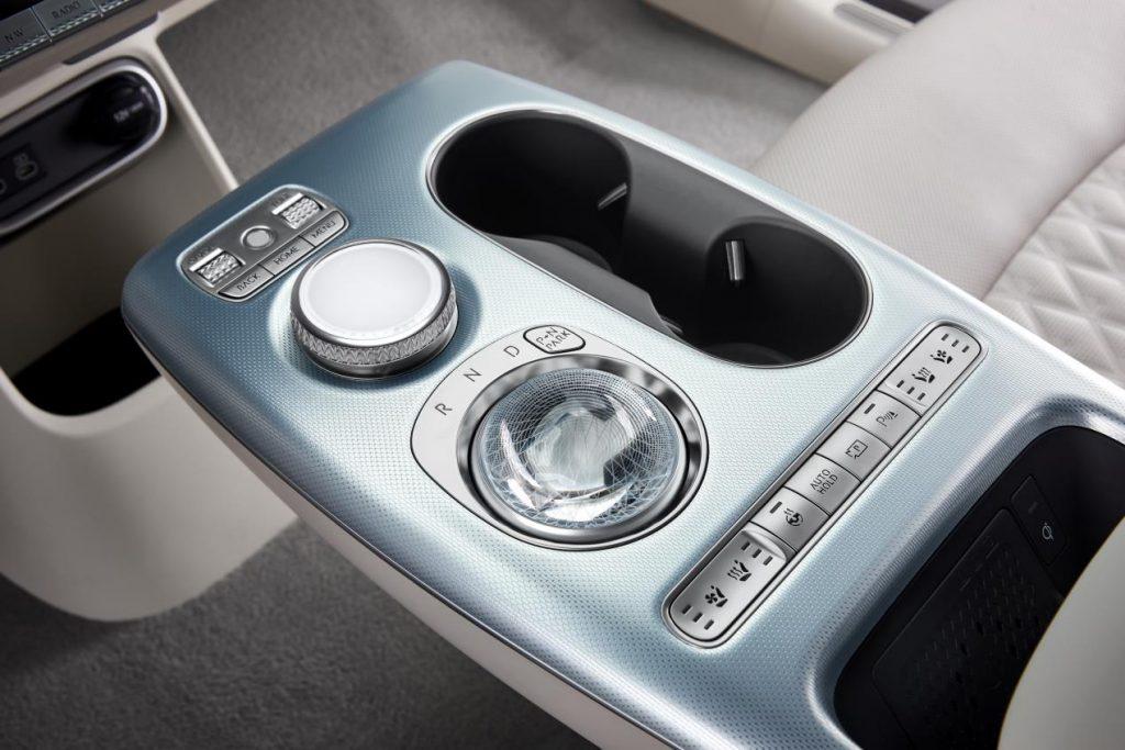 تعلن شركة جينيسيس عن طرق جديدة للتفاعل مع السيارة باستخدام المعلومات البيومترية