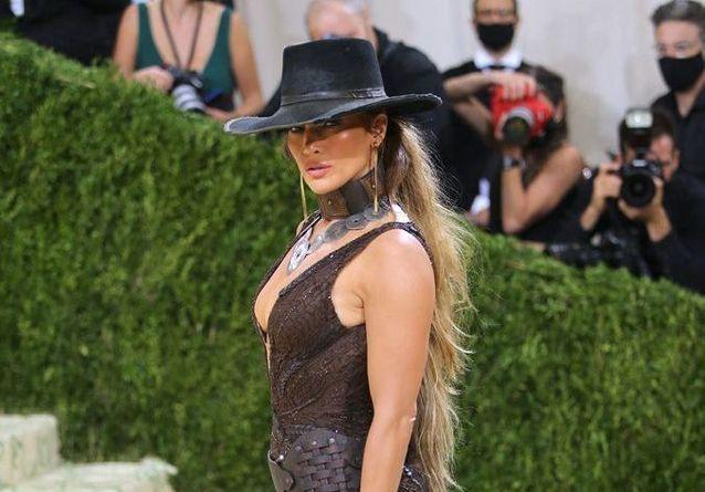 Jennifer Lopez, Rihanna, Sharon Stone: the incredible 2021 MET Gala red carpet