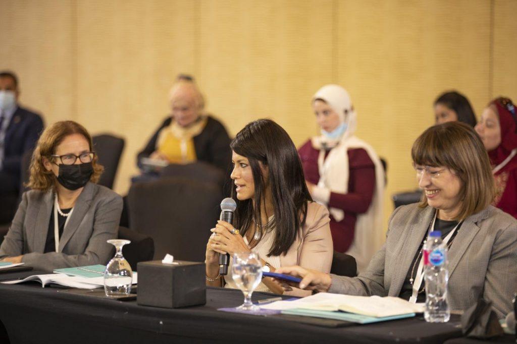 منتدى مصر للتعاون الدولي والتمويل الانمائي يؤكد أهمية تعزيز البنية التحتية لتشجيع التجارة الإلكترونية في أفريقيا