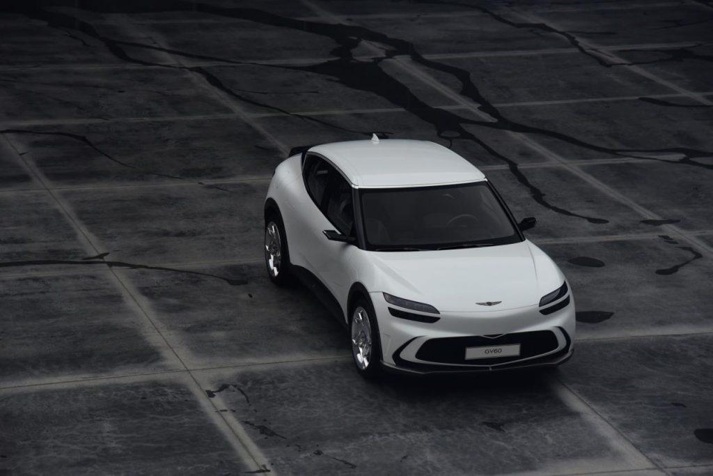 طراز GV60 يدشن صفحة جديدة في تاريخ السيارات الكهربائية الفاخرة - عرض التصميم
