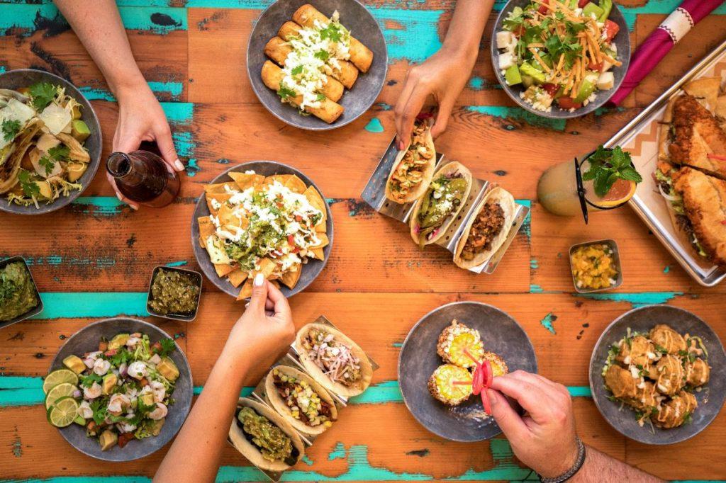 عروض تبدأ من 199 درهمًا إماراتيًا للاستمتاع بأشهى الأطباق المكسيكية والمشروبات المنعشة، كل سبت من الساعة 11:30 صباحًا إلى 4:00 مساءً