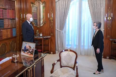 الرئيس التونسي فيس سعيد يفاجيء الجميع بتكليف أول امراة في تاريخ تونس والوطن العربي بتشكيل الحكومة الجديدة