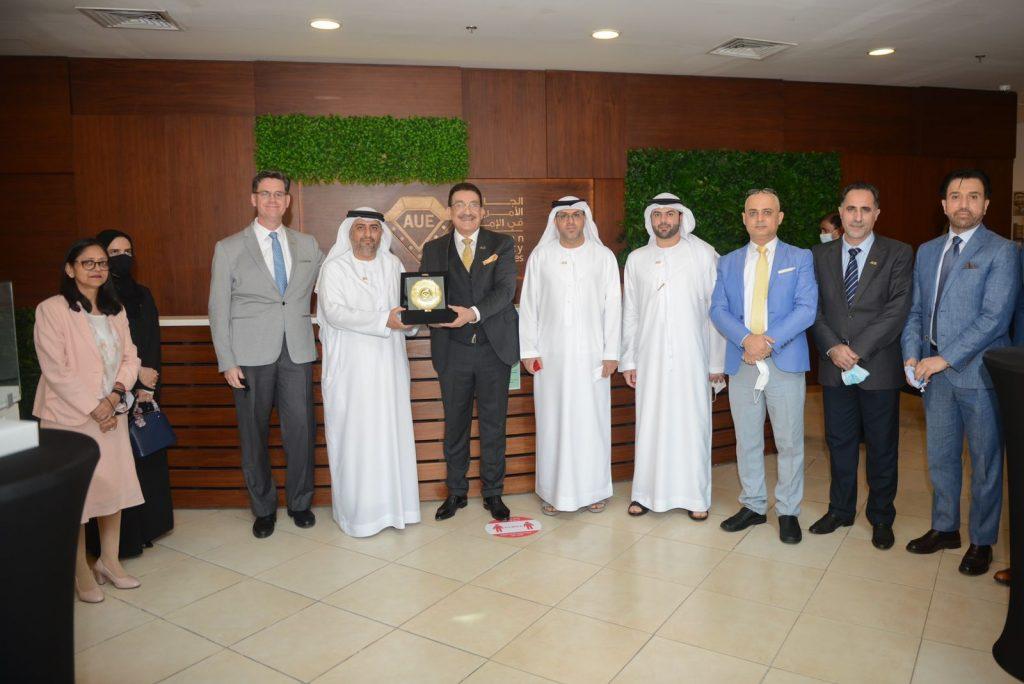 أكد الدكتور مثنى غني عبد الرزاق رئيس الجامعة الأمريكية في الإمارات AUE
